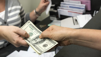 Payday Loans No Debit Card Helps Borrowers in Cut-throat Competition